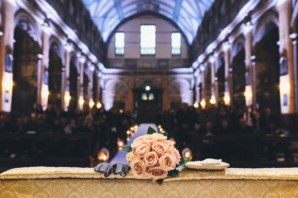 Un dettaglio del colorato bouquet della sposa Irene