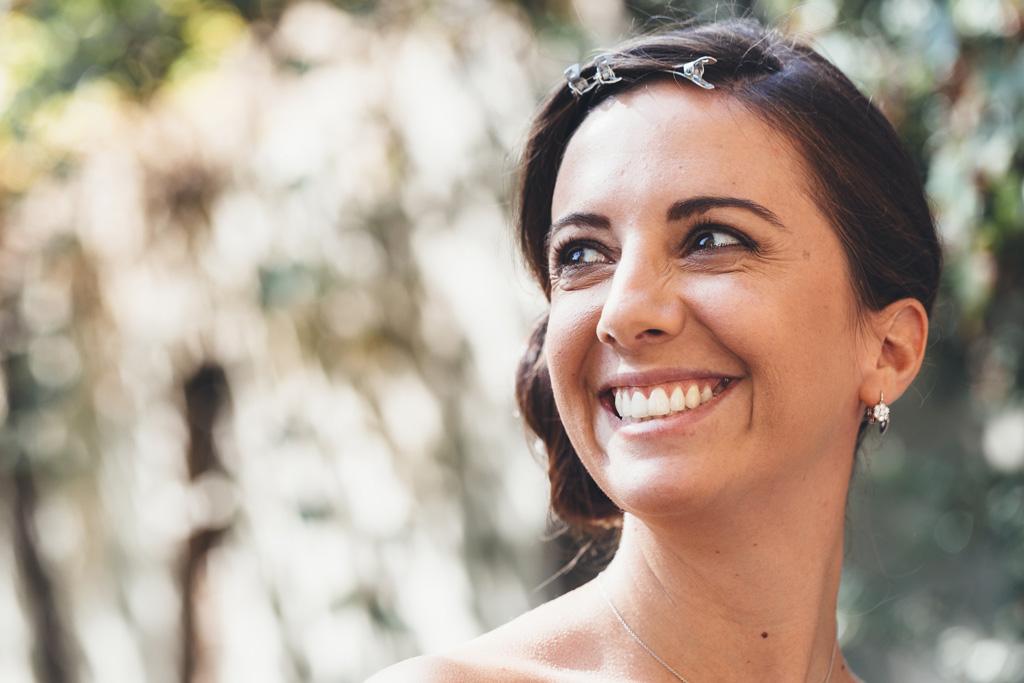 Silvia ha un sorriso rassicurante prima del matrimonio