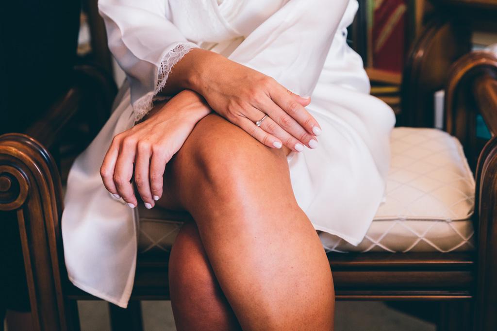 La splendida manicure della sposa