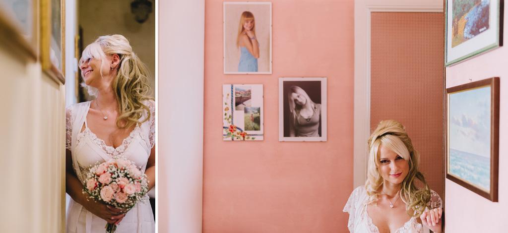 La sposa viene fotografata nella sua stanza dal fotografo Alessandro Della Savia