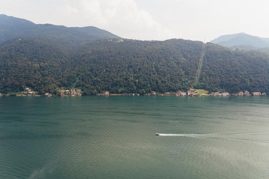 Il paesaggio mozzafiato del Lago di Lugano in Svizzera