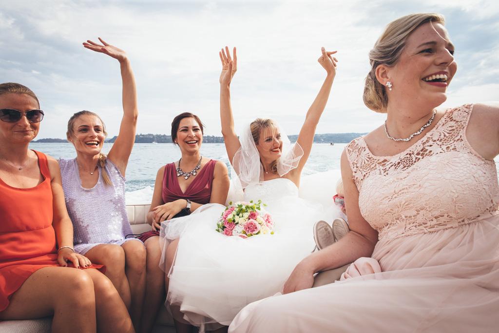Kathrin saluta gli ospiti dal Lago di Garda