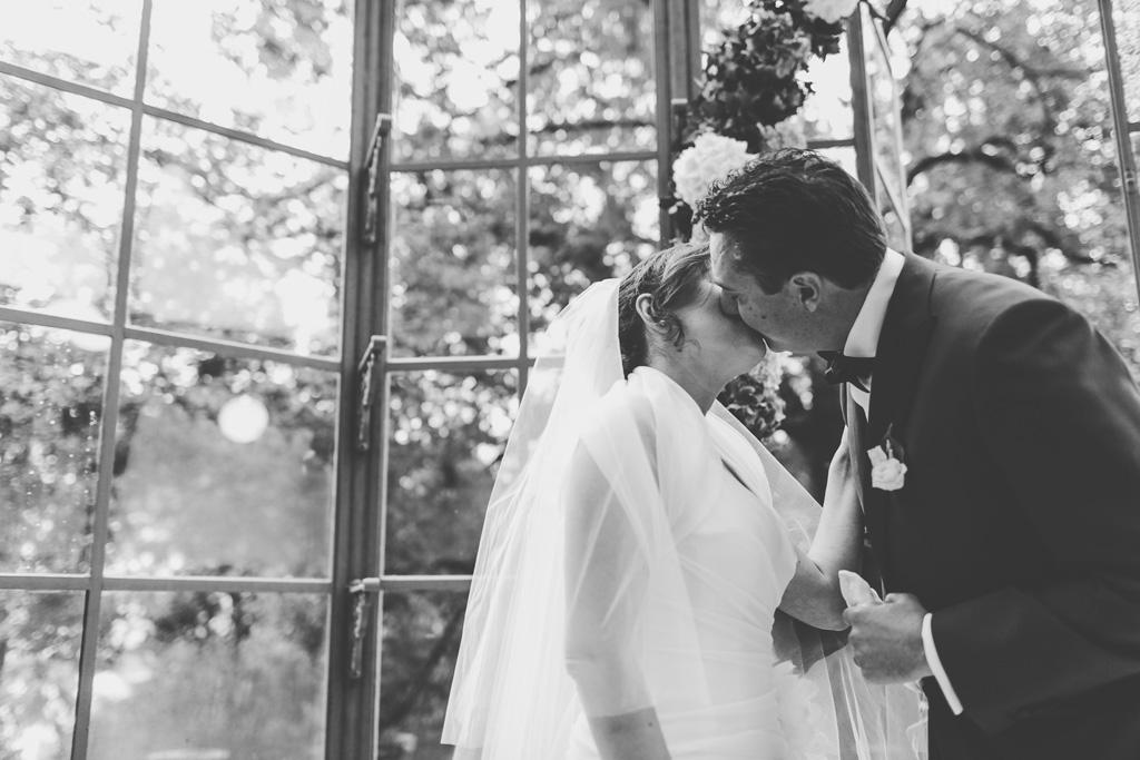 Luca e Daniela si . bacinao finalmente congiunti in matrimonio