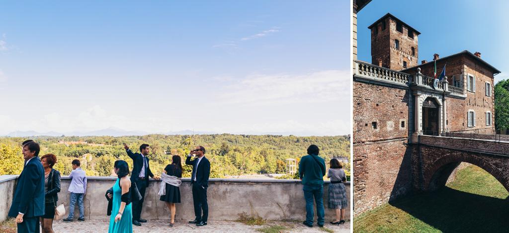 Gli sposi e gli invitati raggiungono Villa Della Porta Bozzolo