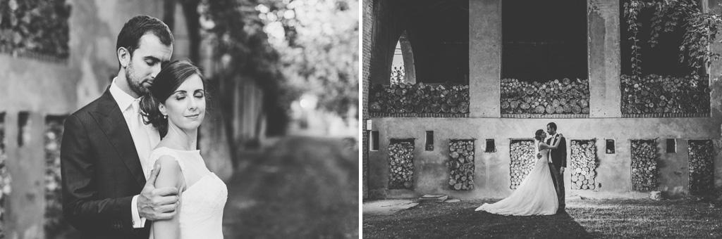 I due sposi posano per il fotografo Alessandro Della Savia titolare dello studio Ds Visuals