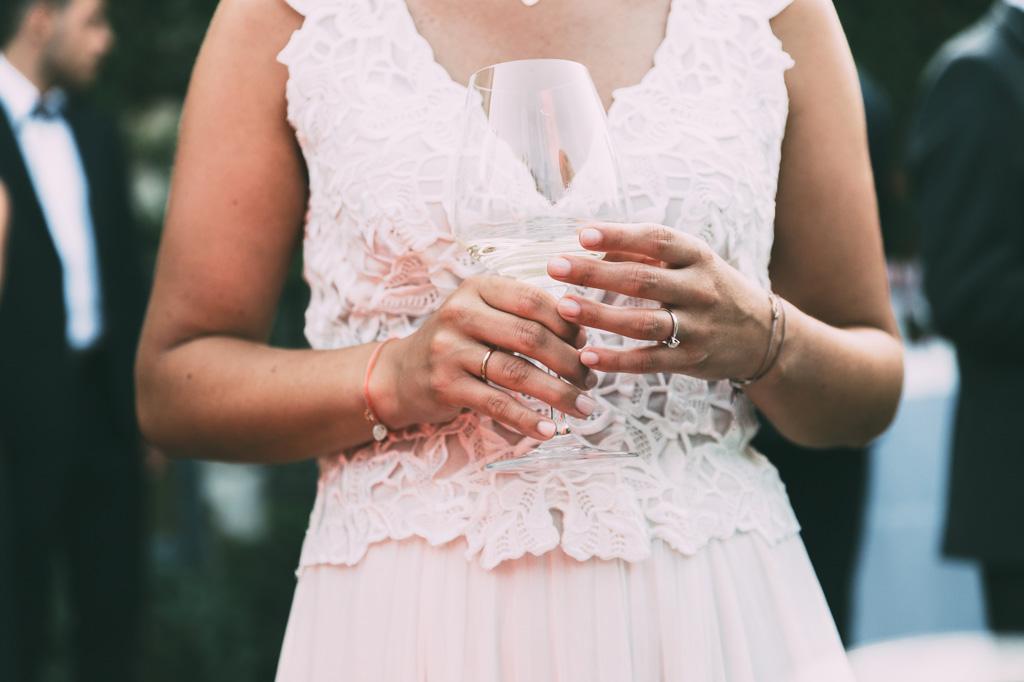 Un dettaglio della fede nunziale della sposa