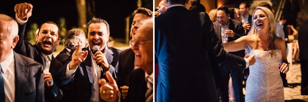 Gli invitati scherzano e danzano durante la festa dopo il ricevimento