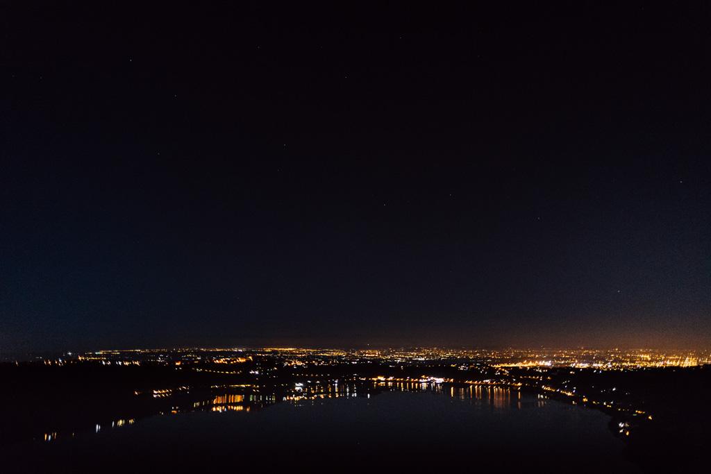 Una panoramica notturna di Roma ripresa dal fotografo Alessandro Della Savia