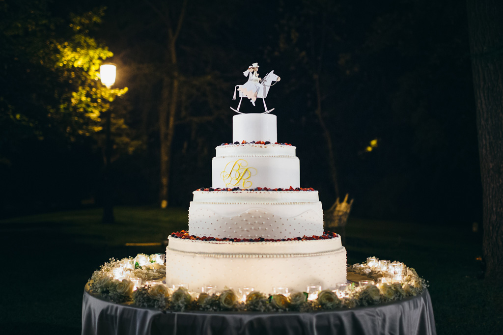 La splendida torta nunziale del ricevimento