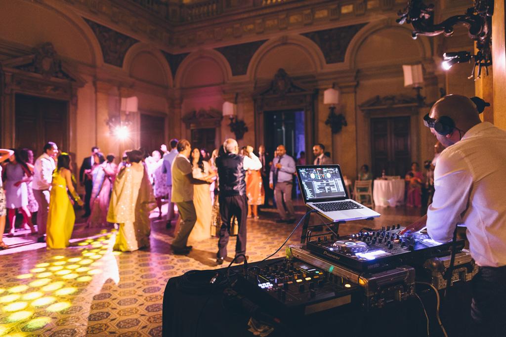 L'atmosfera magica della festa dopo il ricevimento