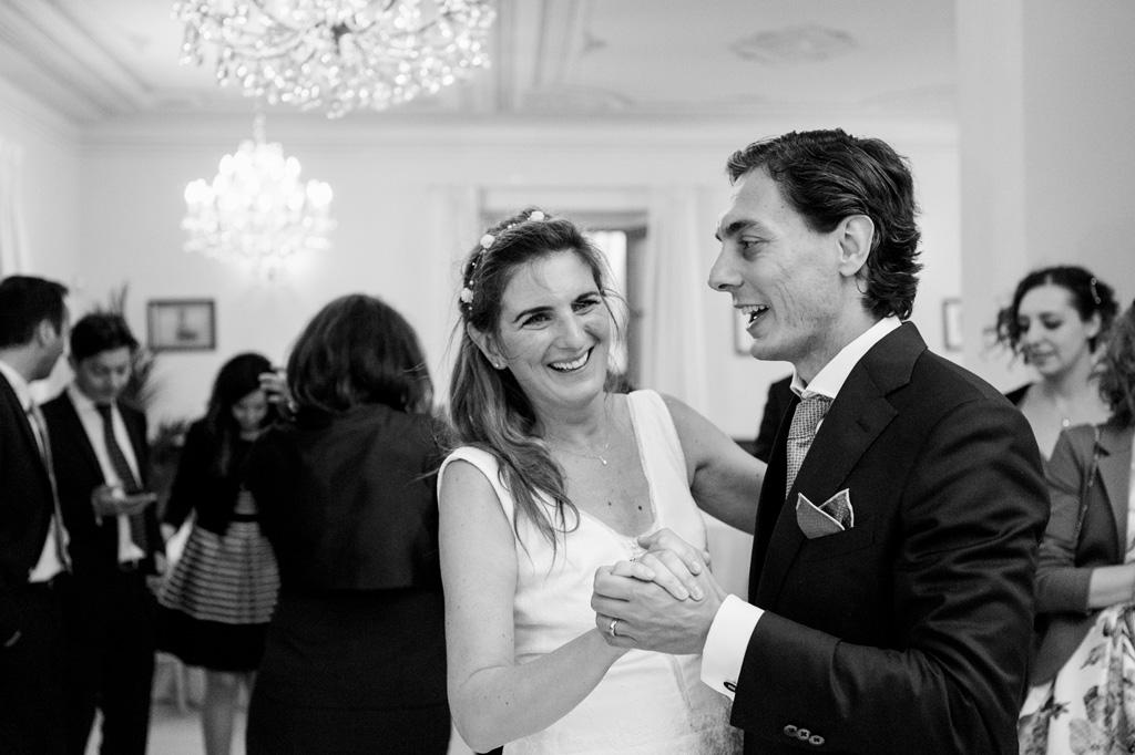 Davide e Leticia ballano davanti alla macchina fotografica di Alessandro Della Savia, fotografo Milano