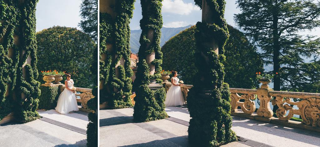 La sposa osserva il paesaggio del Lago di Como dal terrazzo di Villa del Balbaniello