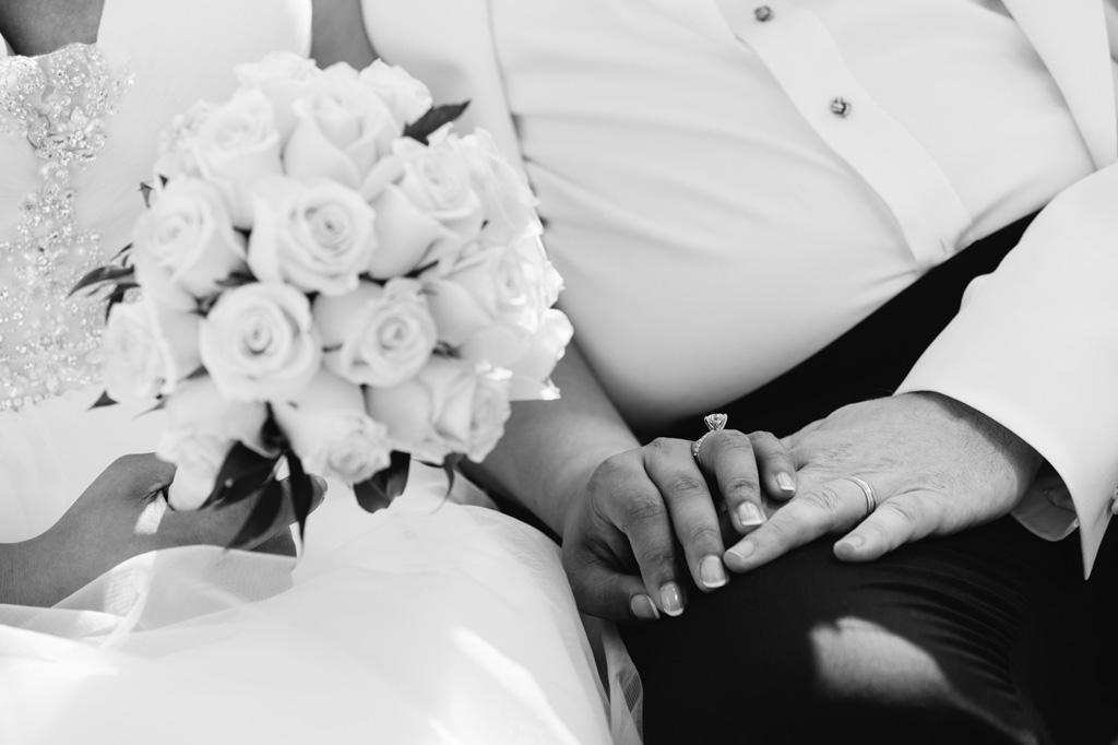 Dettaglio delle fedi nunziali degli sposi
