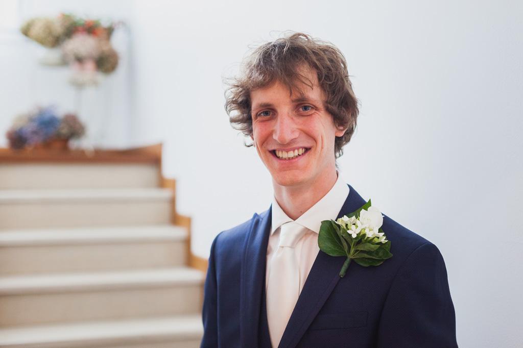 Lo sposo Davide è pronto per la cerimonia