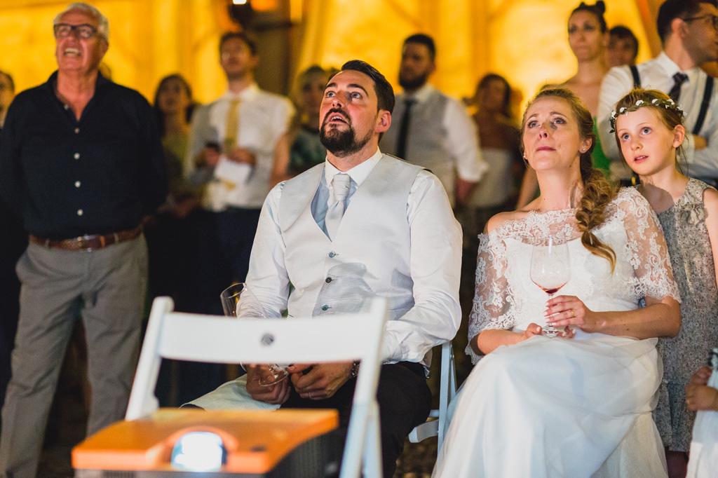 Una proiezione emozionante per gli sposi, Andrea e Sarah, immortalata dal fotografo di Milano Della Savia