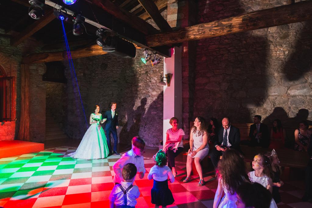 Si aprono le danze all'interno di Villa Orsini