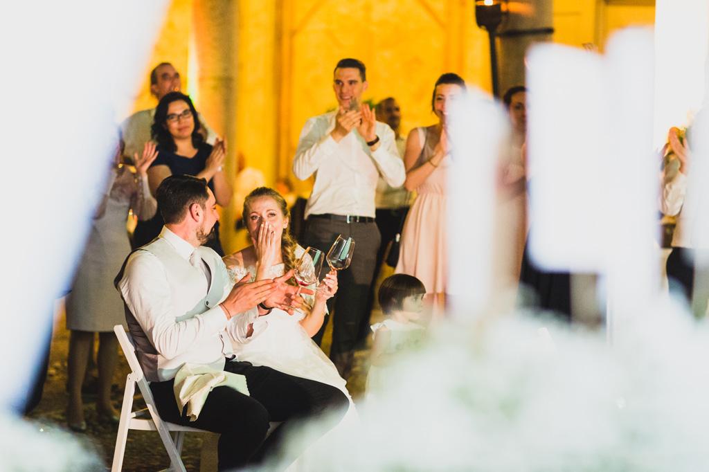 Le emozioni degli sposi durante la festa dopo il matrimonio in uno scatto di Alessandro Della Savia