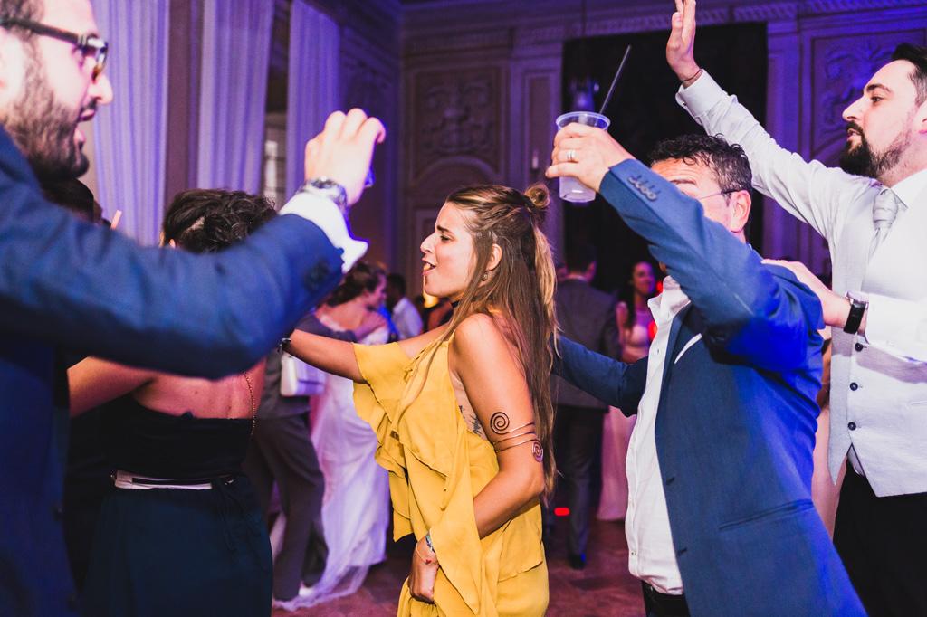 Divertimento al matrimonio con trenini e balli