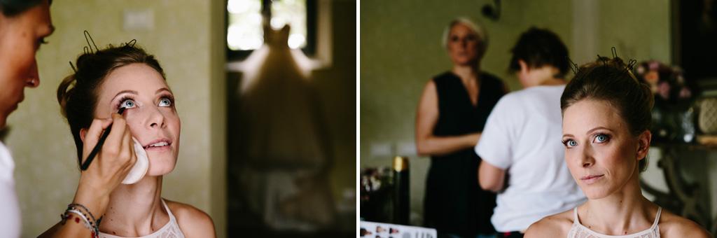 Laura al trucco nella sua camera del Convento dell'Annunciata