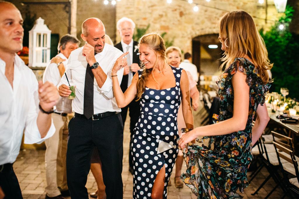 I balli del ricevimento di Carlos e Catherine alla Tenuta di Papena