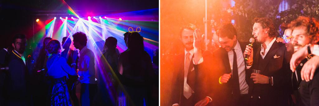 Ospiti divertiti durante i balli nella sala del ricevimento alle serre Rattiflora sul Lago di Como
