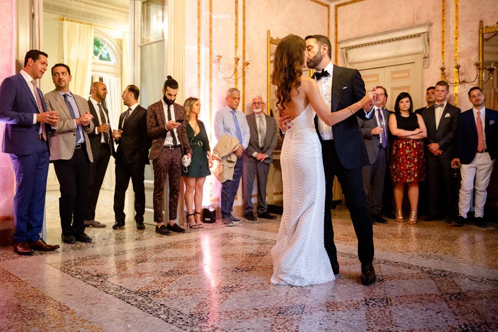 primo ballo sposi matrimonio shahram e samin villa parravicini revel lago di como