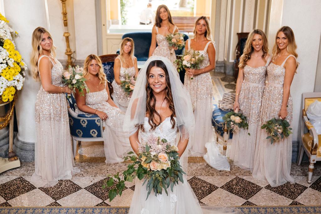 La sposa e le sue damigelle a Villa D'Este