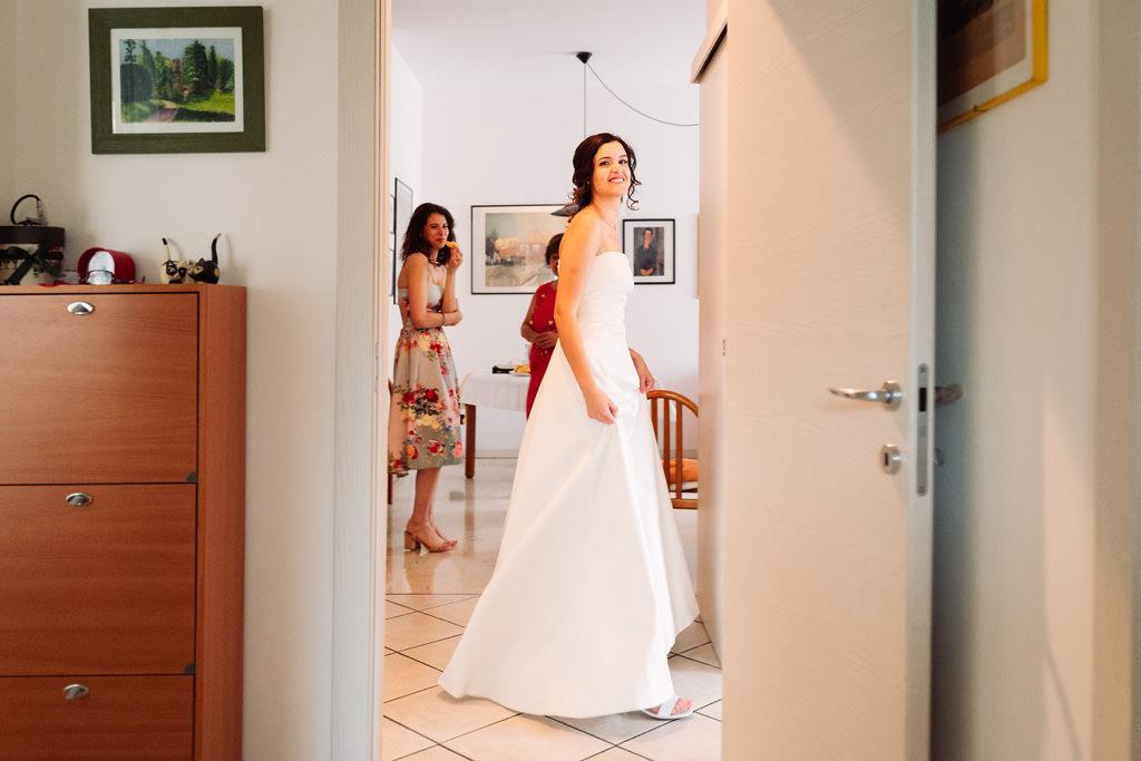 Ritratto della sposa in casa