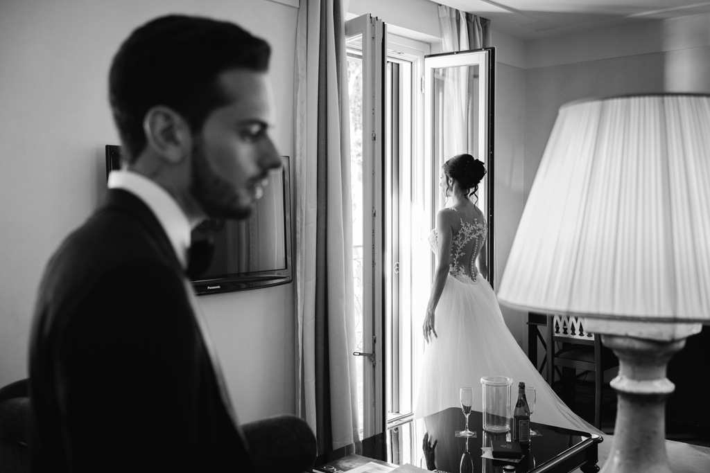 Gli sposi nella camera del Mandarin Oriental Resort