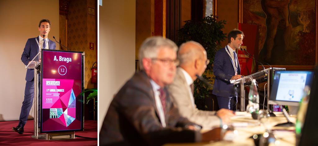 Il relatore A. Braga espone un discorso davanti ai partecipanti del congresso dell'EUGA