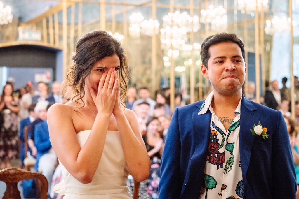 commozione sposi cerimonia palazzo reale - matrimonio luis e giovanna milano