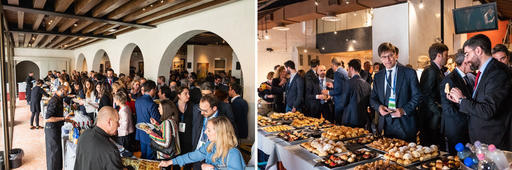 Gli invitati si ristorano dopo il convegno presso la Casa dei Casaresi