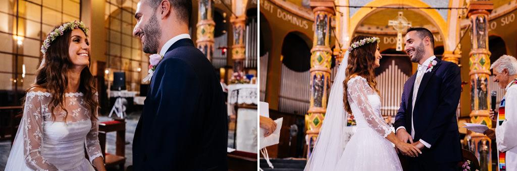 sguardi cristina e andrea in chiesa matrimonio milano