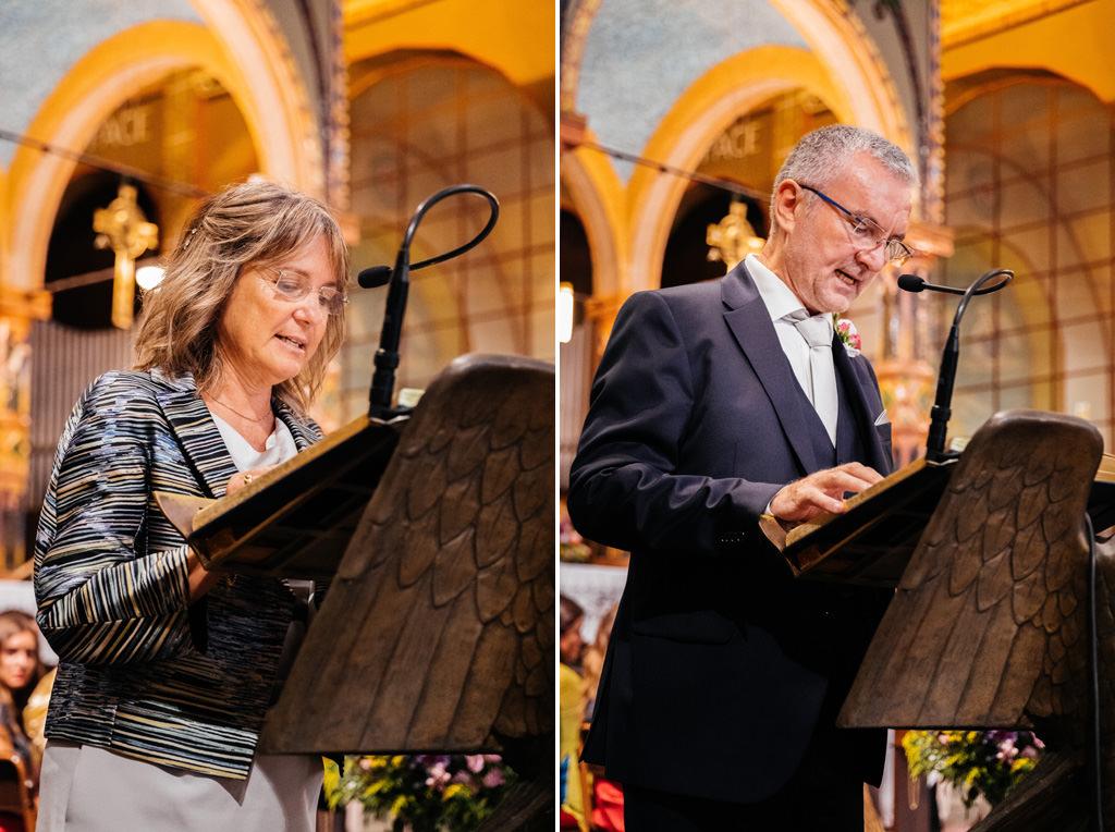 I genitori di Cristina leggono in chiesa
