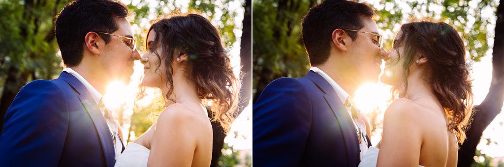 Gli sposi alla luce del tramonto