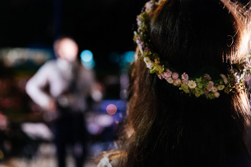 Dettagli dell'acconciatura della sposa