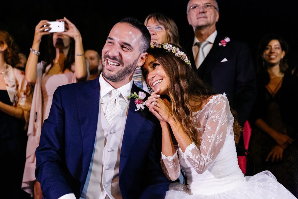 Gli sposi felici al ricevimento a Villa Valenca