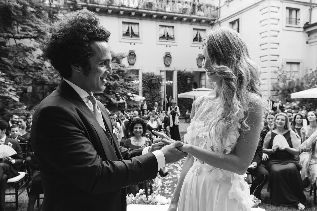 Foto Bianco e Nero Sposa e Sposo Matrimonio Milano